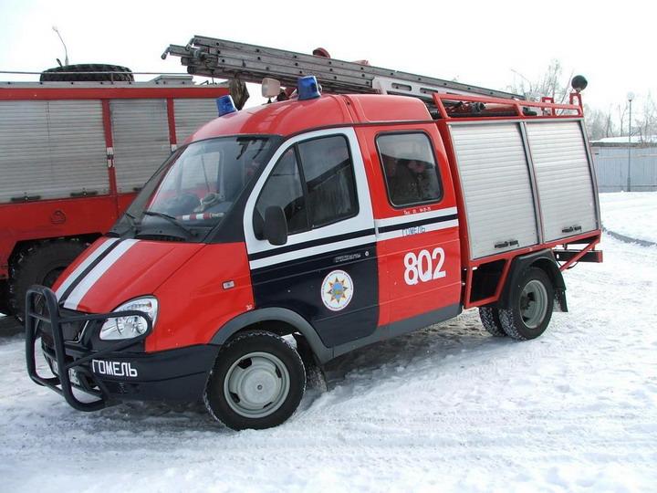 GAZ 33023