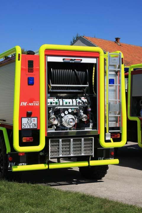 Fire brigade Zagreb Mercedes Unimog