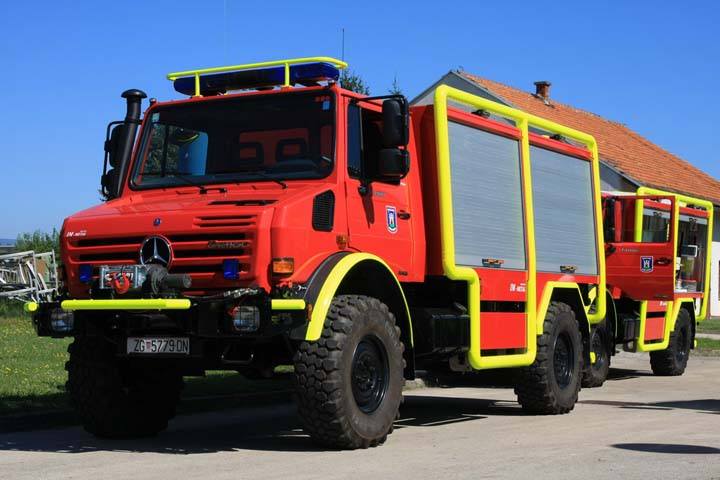 Voluntary Fire brigade Zagreb Mercedes Unimog