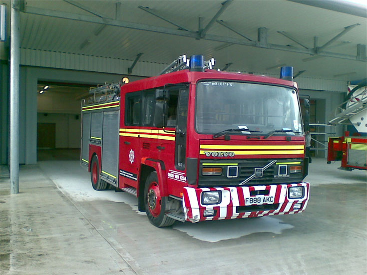 RHYL RETAINED PUMP