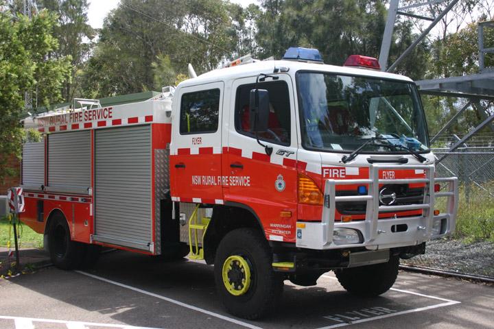 Fire Engines Photos Nsw Rural Fire Service Cat 11 Pumper