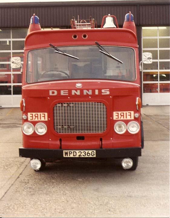 BAe Dunsfold Dennis WPD 236G