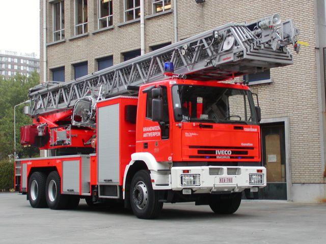 Brandweer Antwerpen Iveco Magirus DL 50