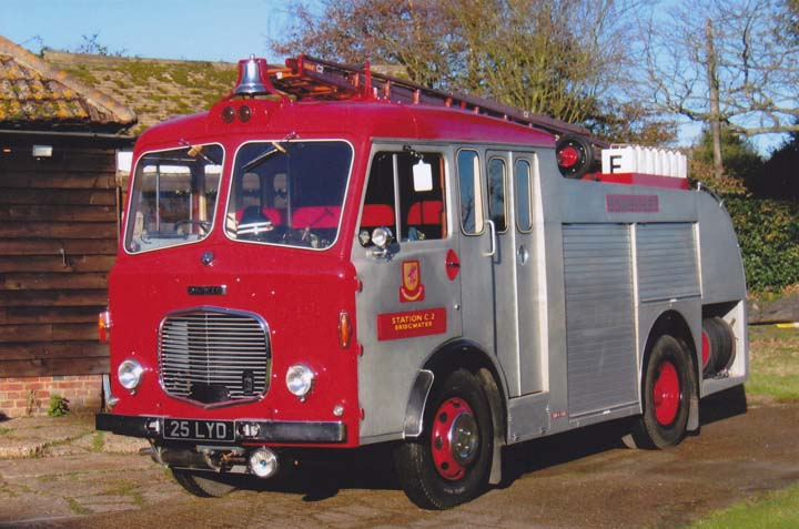 Photo of ex Somerset FB Dennis F28 Water Tender