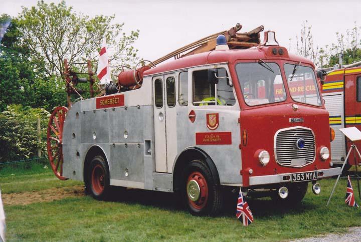 ex Sommerset Pump Escape Dennis F28