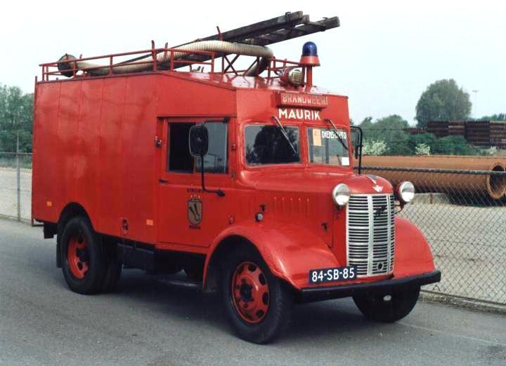 Maurik, NL Austin K2