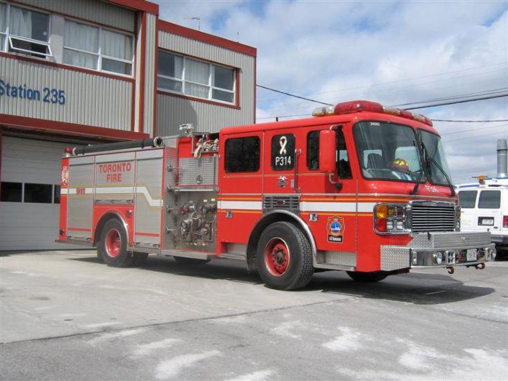 Toronto Fire Service American LaFrance pump