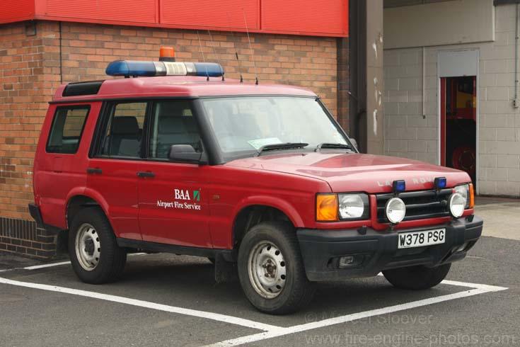 fire engines photos baa edinburgh fire service land rover. Black Bedroom Furniture Sets. Home Design Ideas