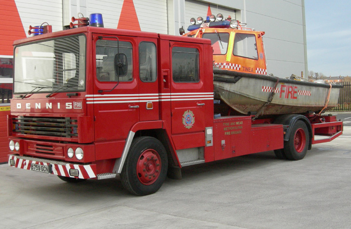 Dennis Fire Boat Transporter and Fire Boat 'Tinea'