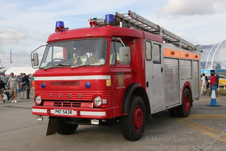 Fire Engines Photos Ford D1317 Fire Engine Pnt543r