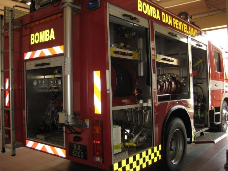 Mercedes Atego Fire engine Malaysia