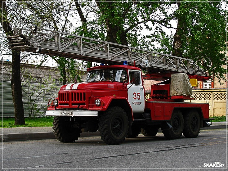 Zil 131 turntable ladder St Petersburg Russia