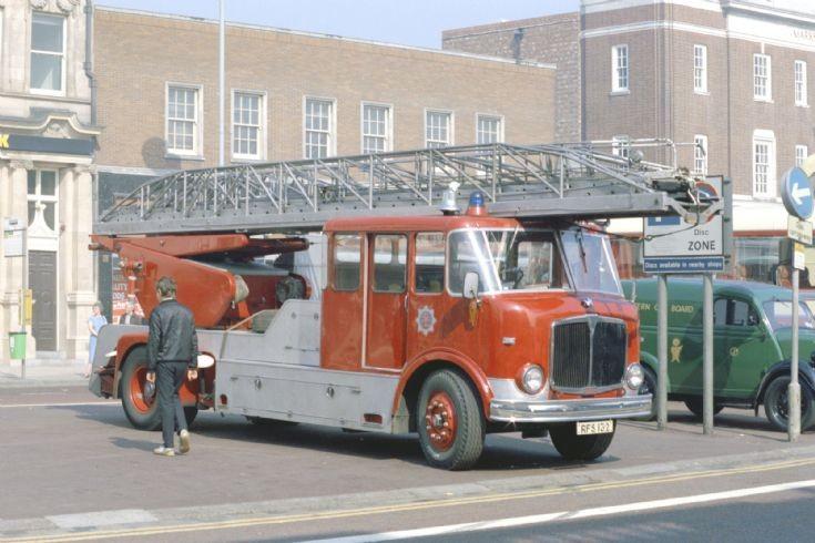 Stockton on Tees street Turntable ladder