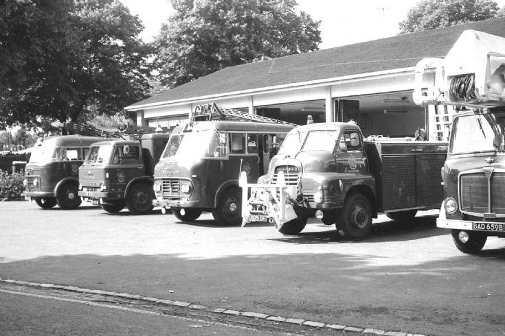 Cheltenham Gloucestershire line up