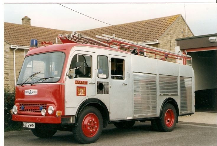 Bedford Tk HCB Angus WJT 243X Dorset Fire Brigade