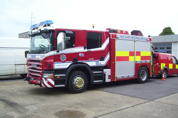 West Sussex Fire & Rescue Heavy Rescue Tender