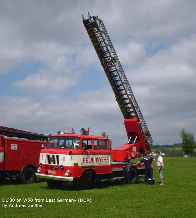 Turntable ladder in action IFA W50 DDR