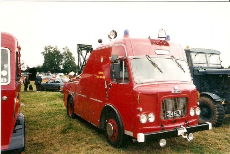 London Fire Brigade Recovery truck