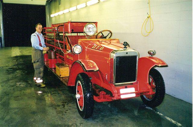 1929 International Hook & Ladder Truck