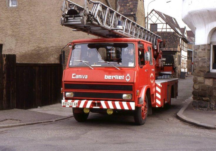 Sapeur Pompiers Colmar 68 France Camiva Berliet