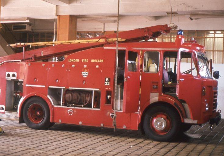 LFB Lambeth 1983 Dennis