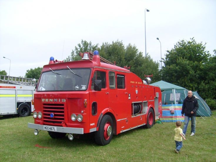 Ex LFB Dennis F108 Pump