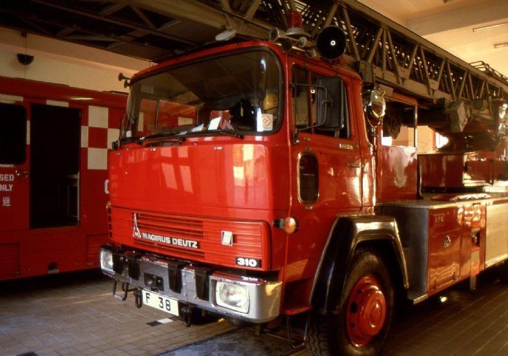 Hong Kong Fire Services F 38 Magirus TTL in 1991