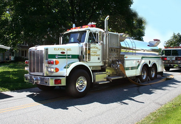 Peterbilt 3000 Gallon Rural Pumper/Tanker