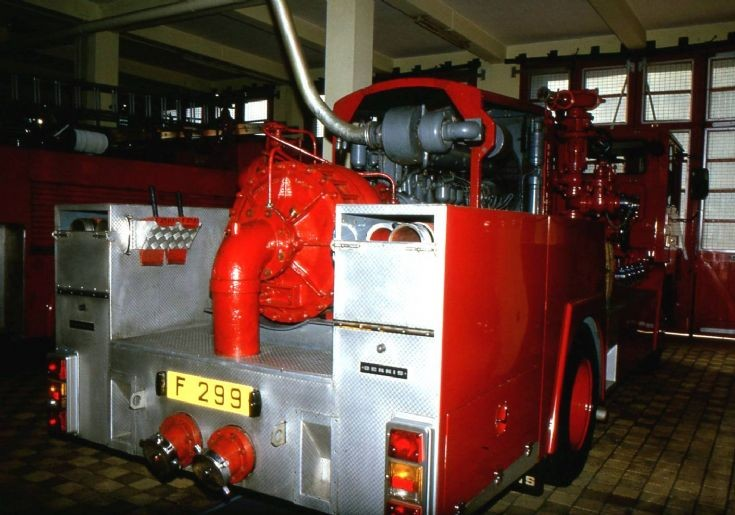 Hong Kong Fire Services F 299 Dennis