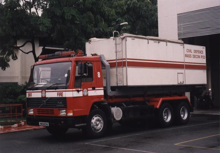 Singapore PM8 Volvo FL 10