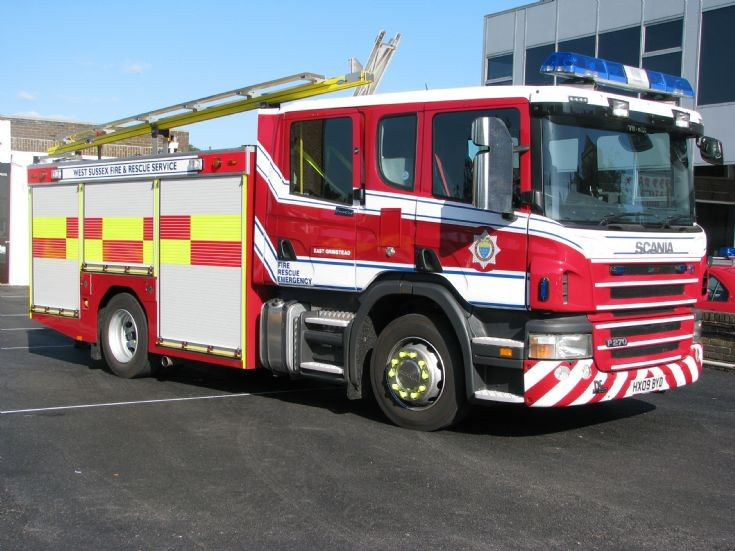 West Sussex Fire and Rescue Service Scania P270