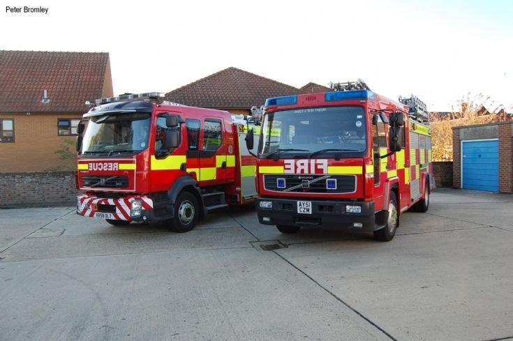 Suffolk Fire and Rescue - two Sudbury appliances
