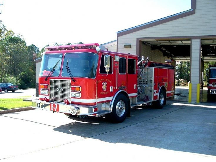 Fulton County Fire Department Engine 7