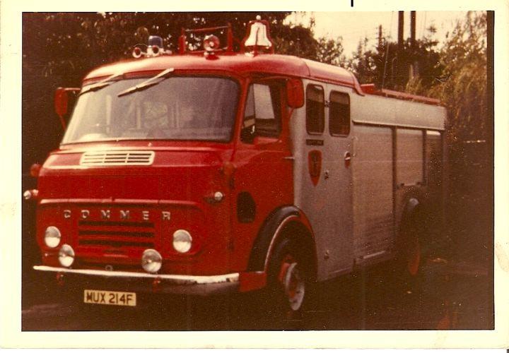 Commer pump Shropshire MUX 214F