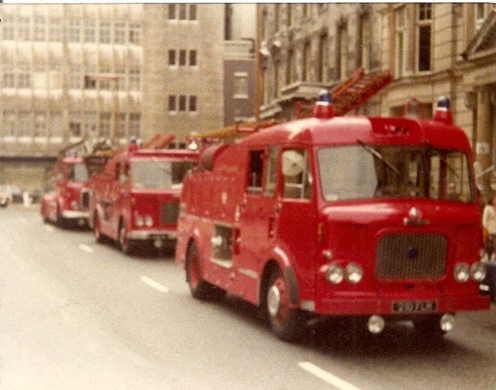 Fire Engines Photos Dennis F106 Dual Purpose 210 Flm
