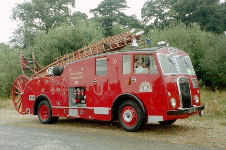 1950 Dennis F7/Dennis Pump Escape.
