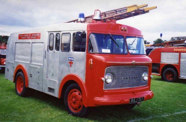 North Riding of Yorkshire Bedford Water tender