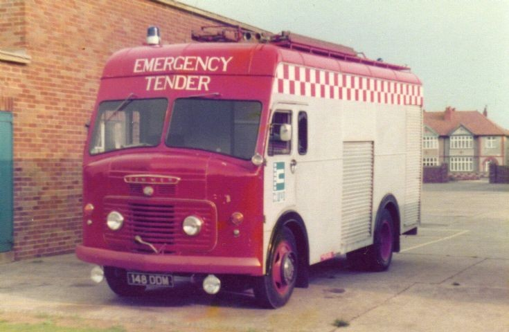 Clwyd Commer ET/HCB Angus