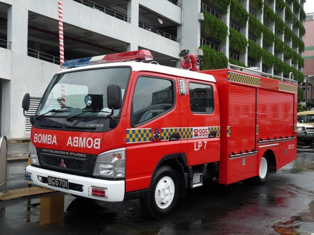 Brunei Fire and Rescue Department (BFRD) 2009 Mitsubishi Canter Light Pumper