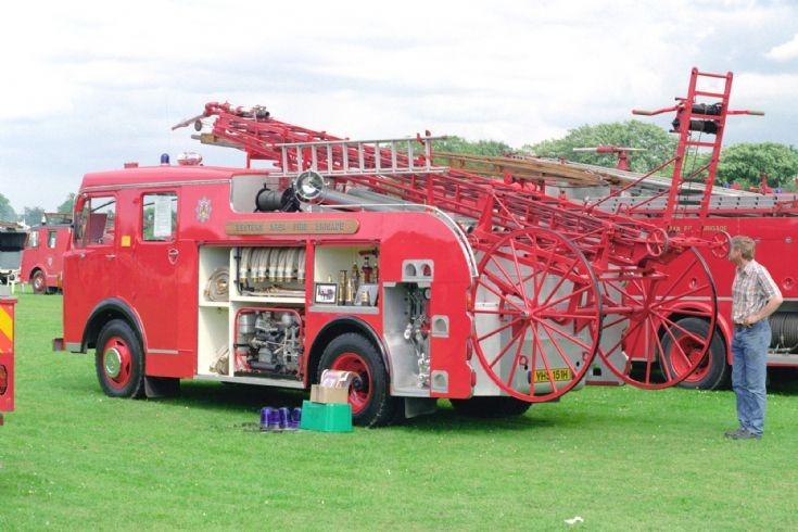 Fire Engines Photos Dennis Wheeled Escape Preson Park 1998
