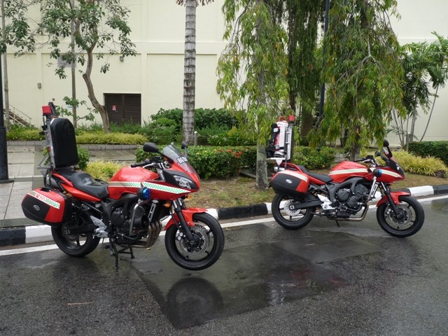 Yamaha FZ6 Fazer S2 fire motorcycle line up
