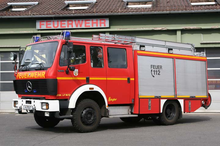 fire engines photos picture of feuerwehr hanau. Black Bedroom Furniture Sets. Home Design Ideas
