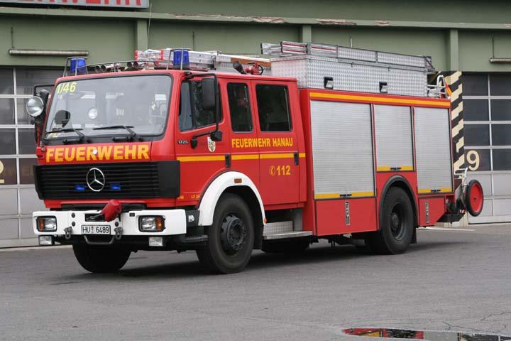Feuerwehr Hanau watertender LF 24
