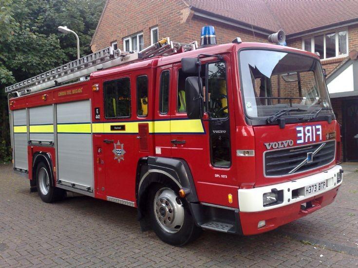 Volvo FL 6 / Saxon  London's Burning