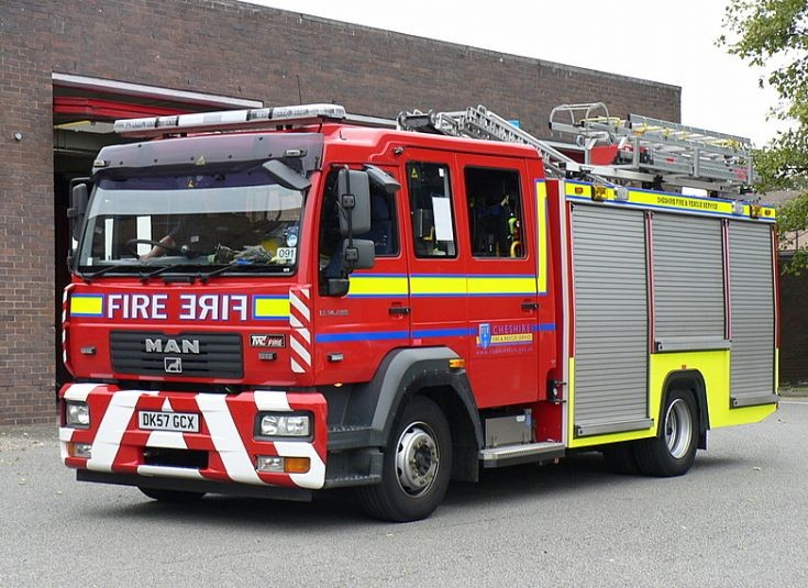 Cheshire Fire Service - MAN LE.14.200/TVAC Pump