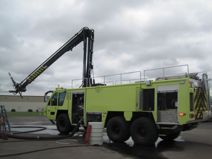 Rosenbauer Panther with HRET