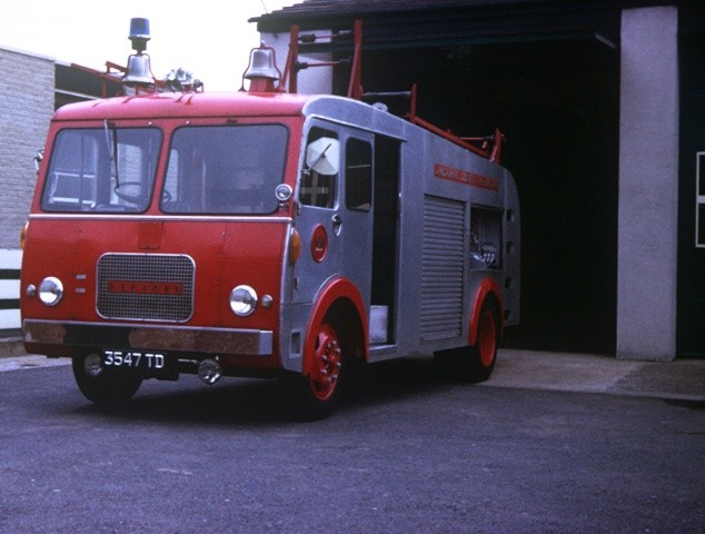 Bedford J/HCB WrT Lancashire 3547 TD