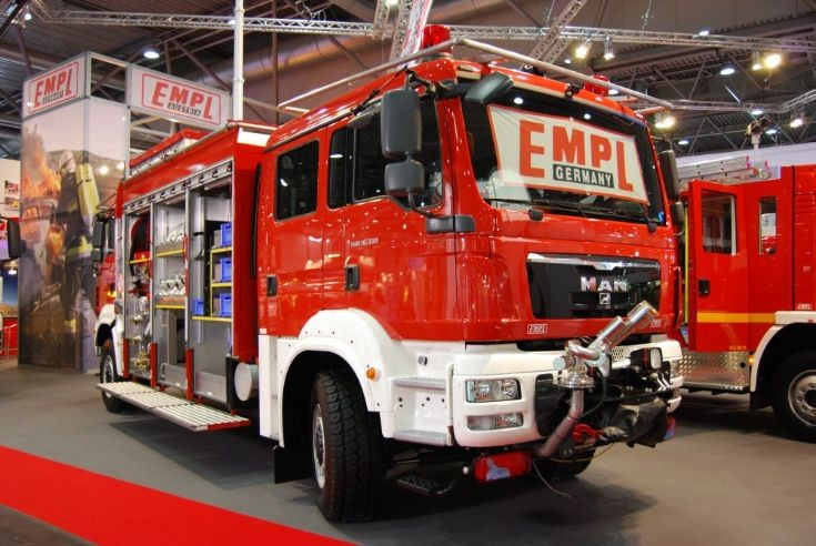 EMPL tunnel fire-fighting vehicle