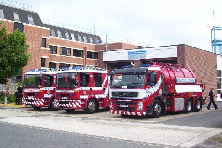 Littlehampton Fire Station Line-Up.