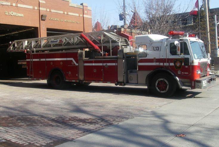 Ottawa Fire Services Ladder 13